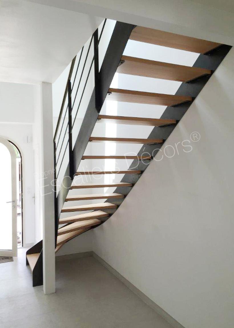 escalier droit ou 1 4 tournant contemporain escaliers d cors. Black Bedroom Furniture Sets. Home Design Ideas
