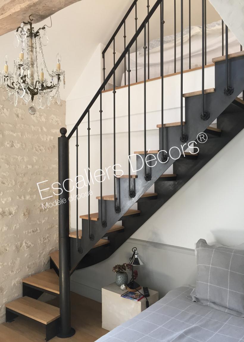 Photo DT112 - ESCA\'DROIT® 1/4 Tournant Bas. Escalier d\'intérieur ...
