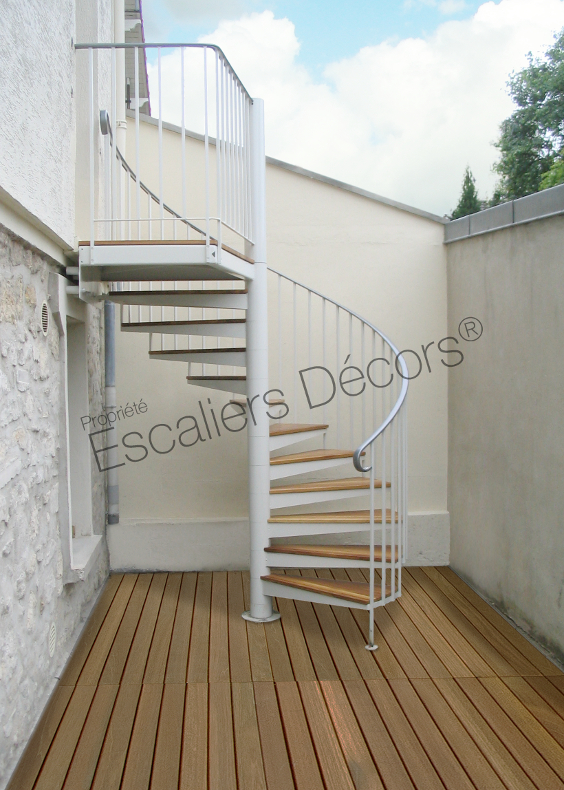 escalier bois exterieur terrasse. Black Bedroom Furniture Sets. Home Design Ideas