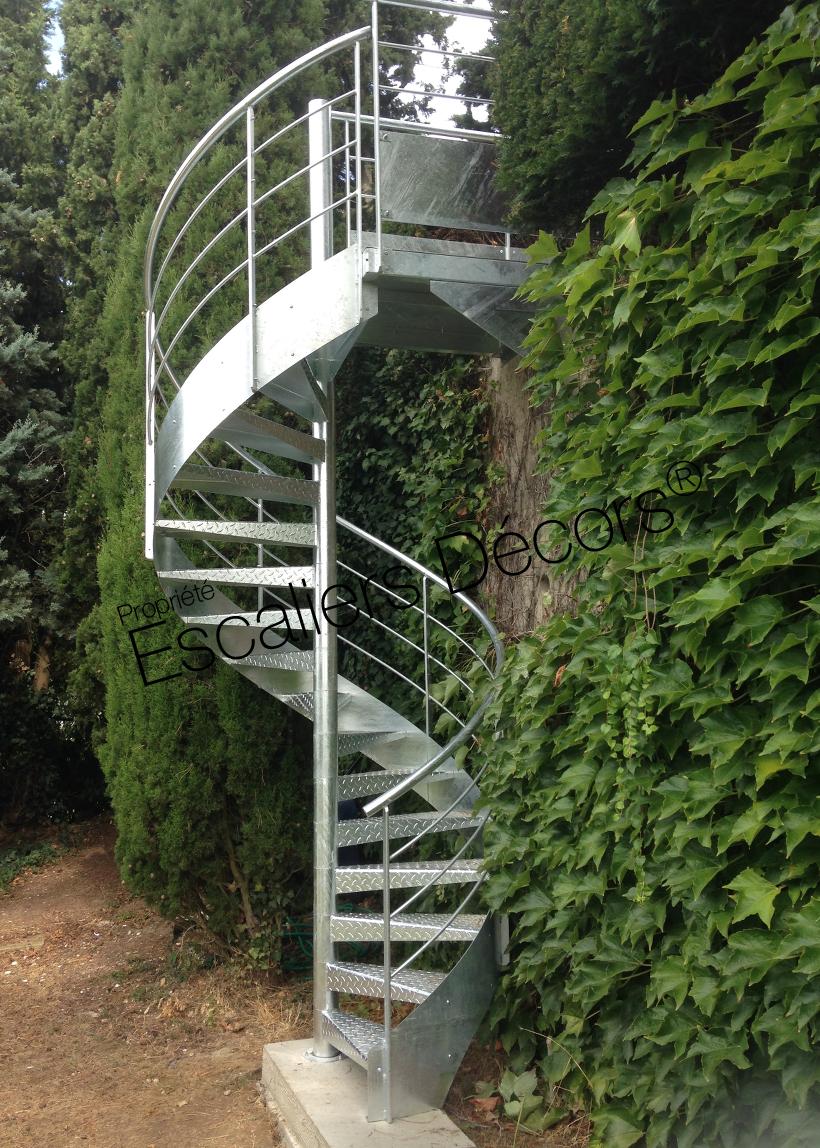 Escalier colima on contemporain escaliers d cors for Escalier exterieur contemporain