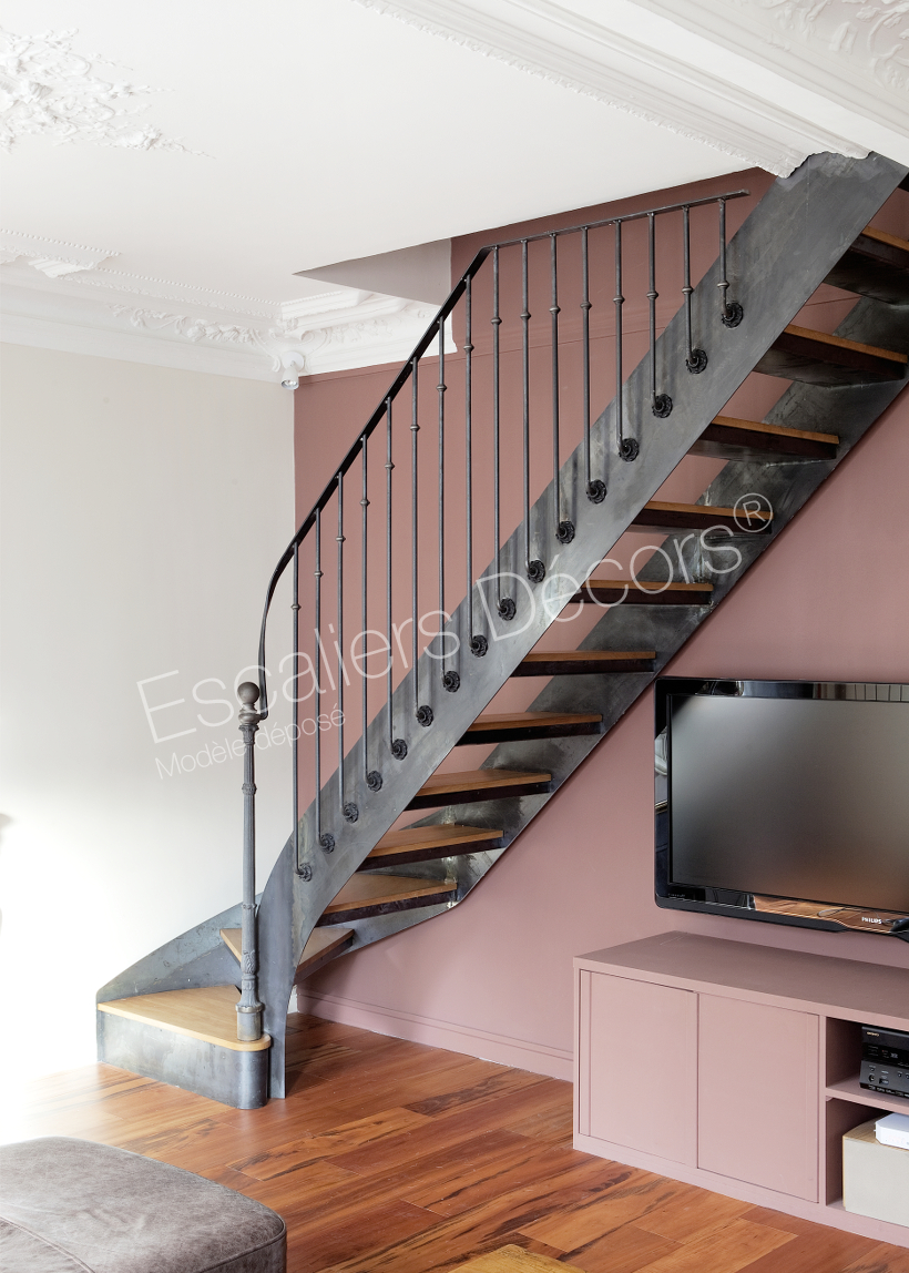 Escalier bistrot escaliers d cors - Escalier bois interieur ...