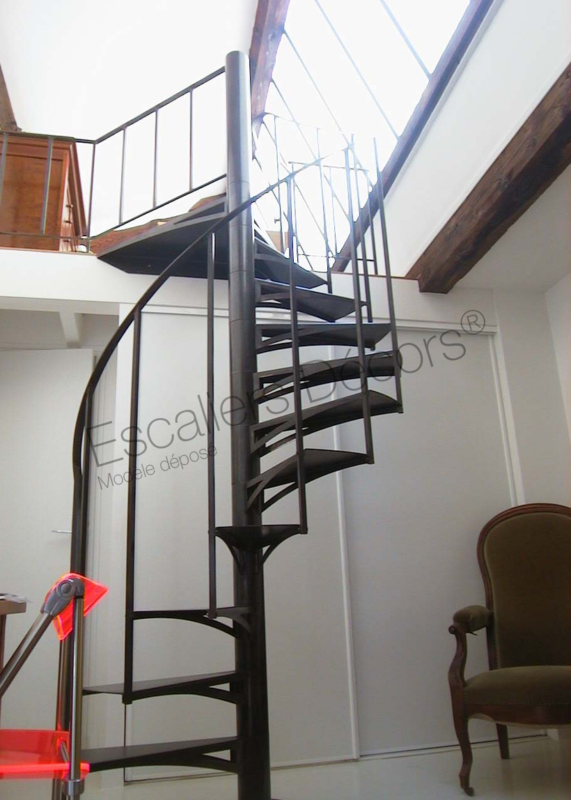 Photo DH61 - SPIR\'DÉCO® Standing. Escalier métallique d ...