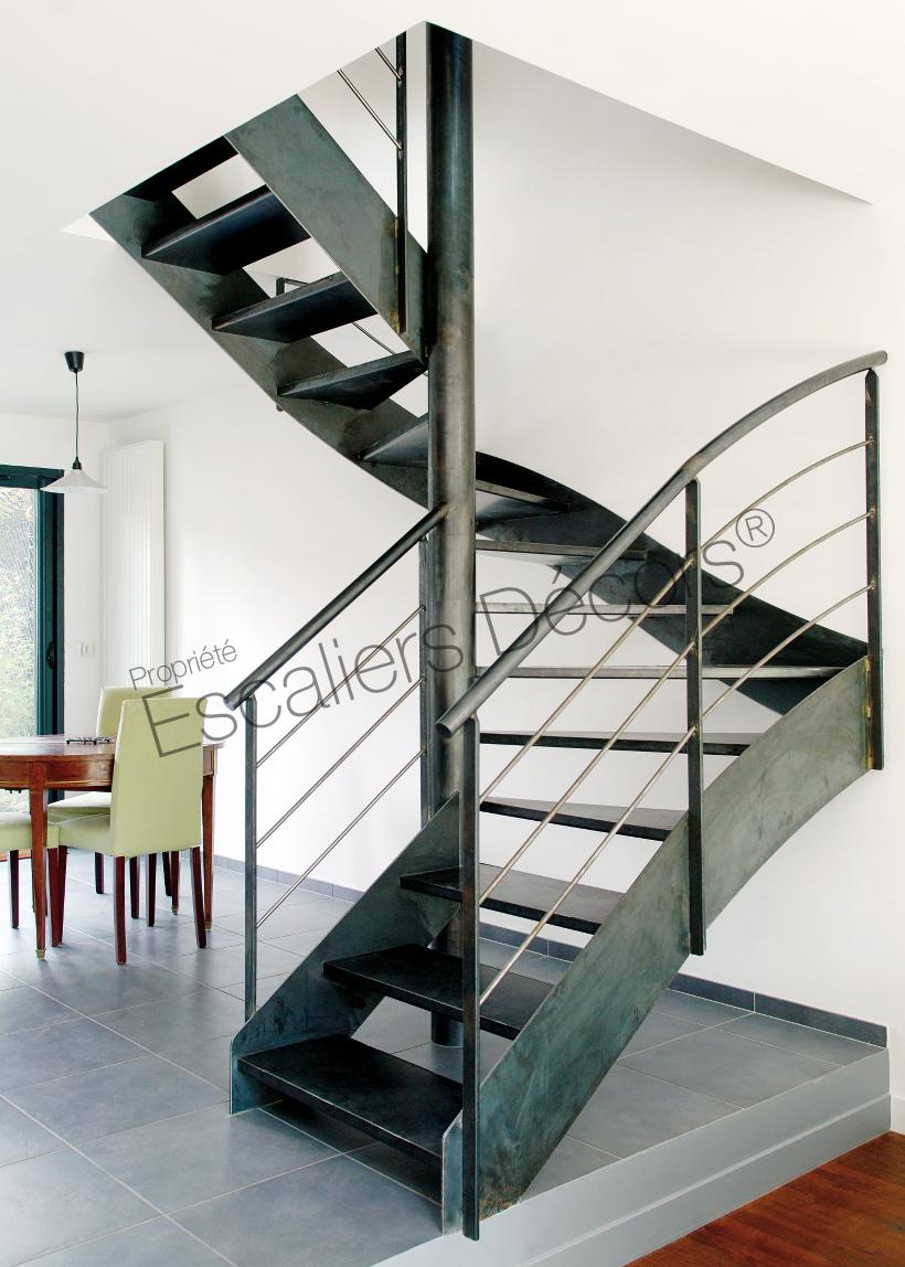 Escalier Acier Brut escalier métal sur mesure - escaliers décors®