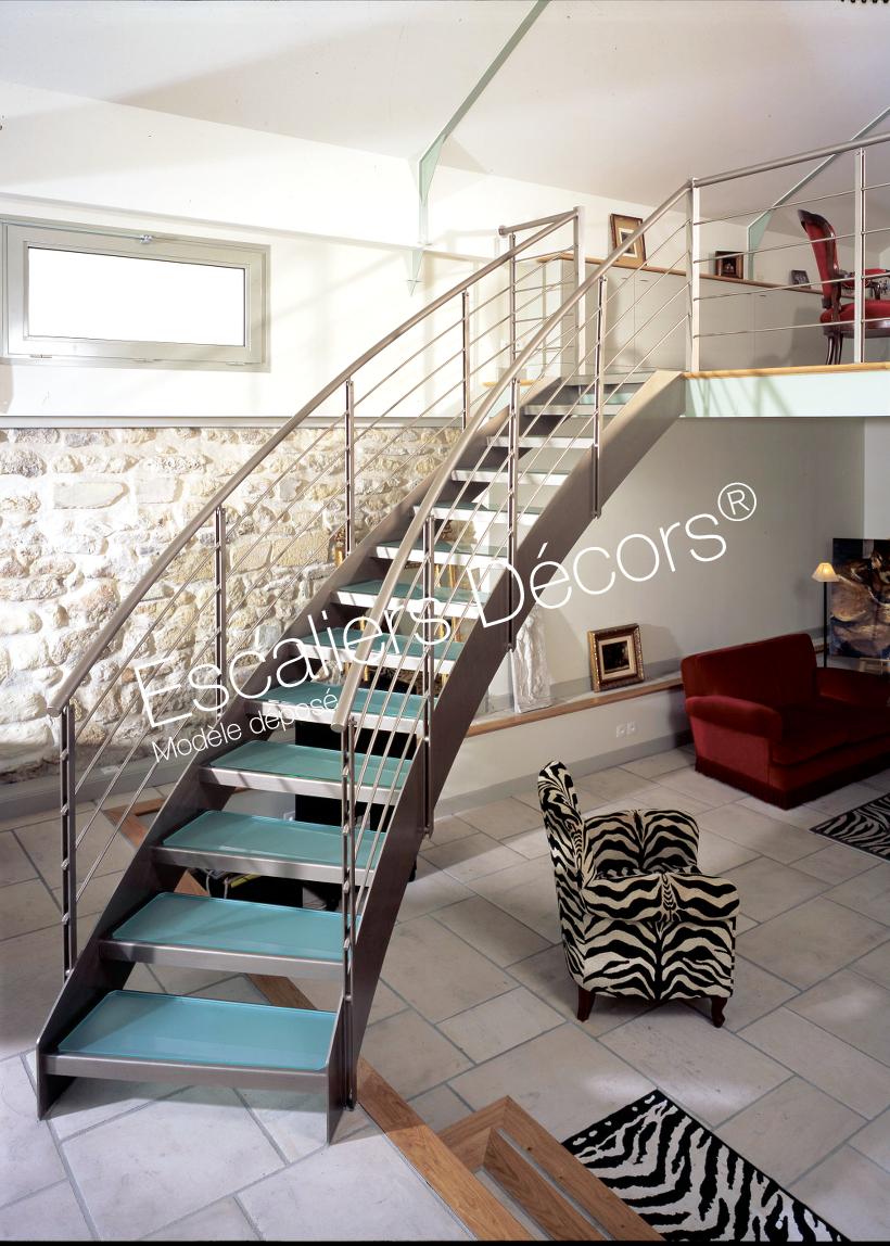 Escalier Dans Maison Ancienne photo dt10 - esca'droit® balancé. escalier d'intérieur en