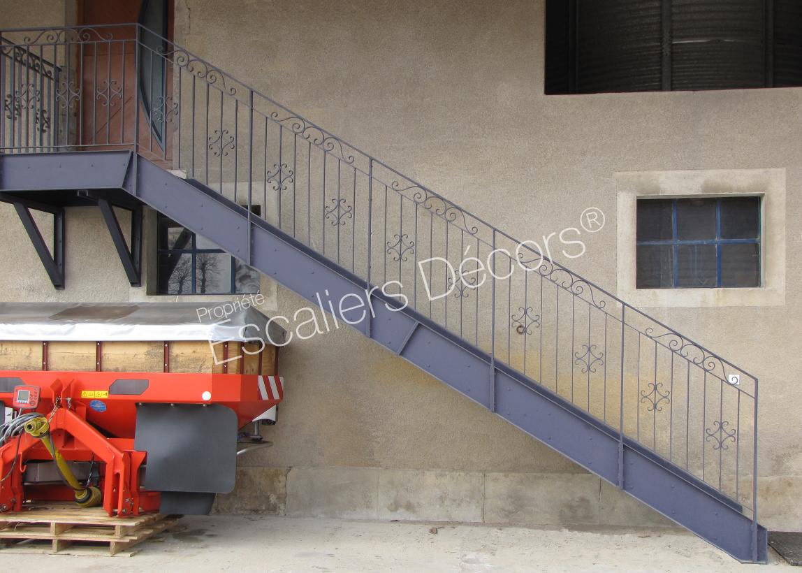 Photo It82 Esca Droit Avec Palier D Arrivee Escalier 1 4