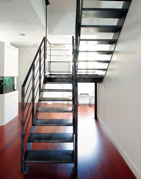 Escalier 2 4 tournants escaliers d cors for Escalier avec palier intermediaire