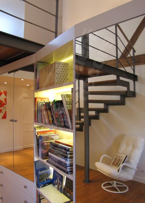 escalier 1 4 tournant escaliers d cors. Black Bedroom Furniture Sets. Home Design Ideas