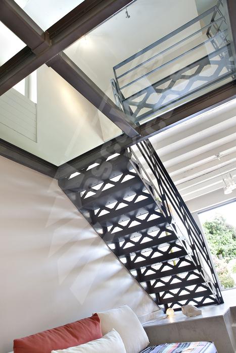 passerelle et palier escaliers d cors. Black Bedroom Furniture Sets. Home Design Ideas