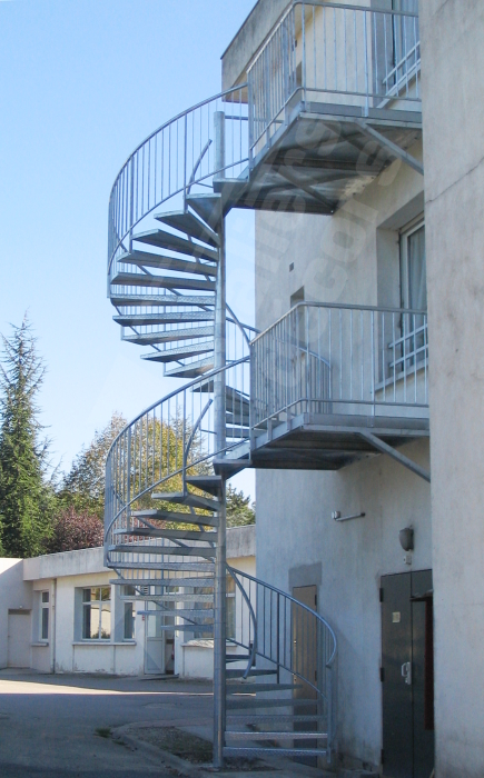 escalier helicoidal exterieur metal