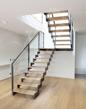 Escalier Droit en acier - Escaliers Décors®
